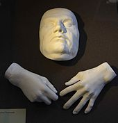 170px-Luther_death-hand_mask[1]