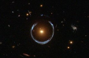 320px-A_Horseshoe_Einstein_Ring_from_Hubble[1]